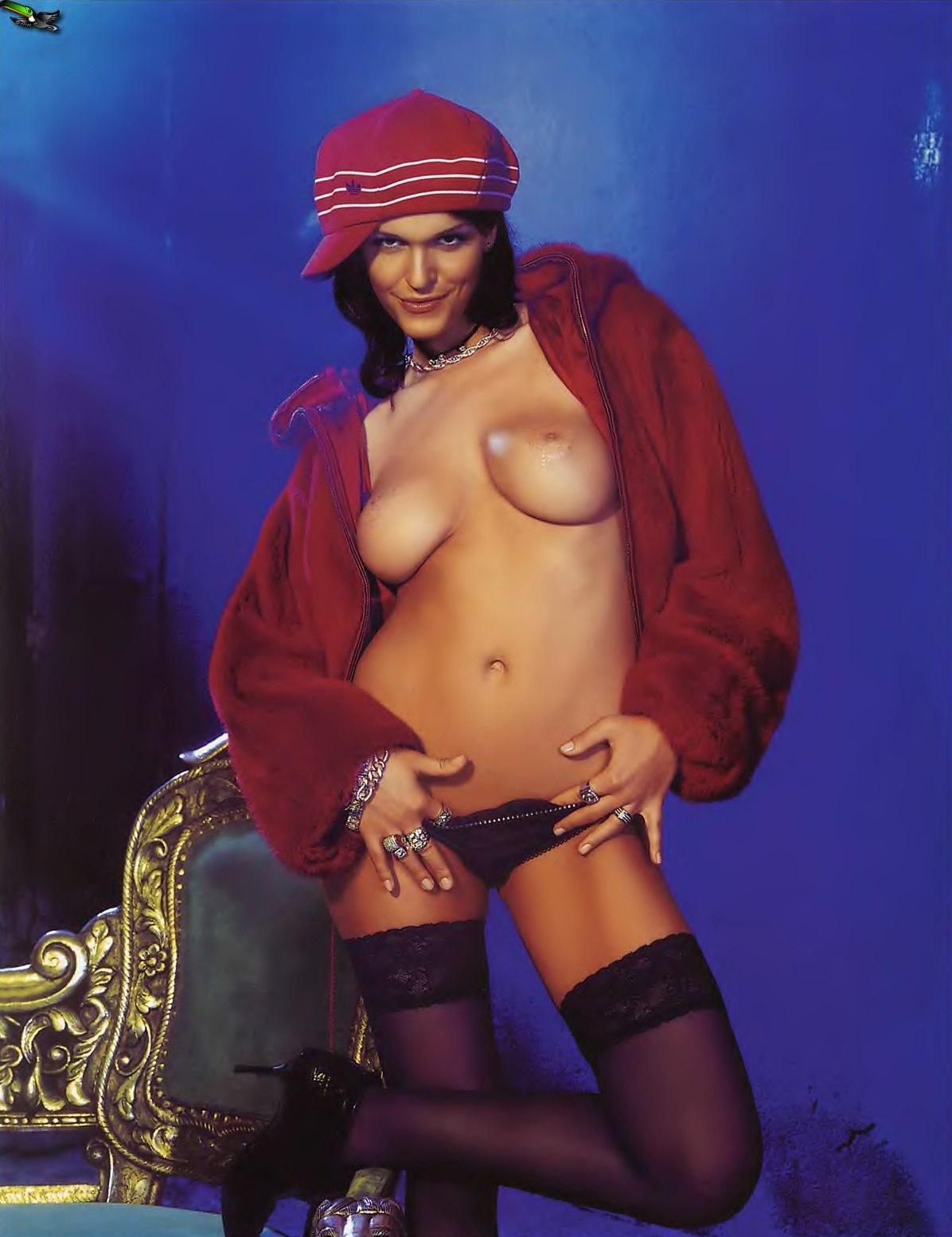 женщина красива, голые русские эстрадные знаменитости вдруг катя