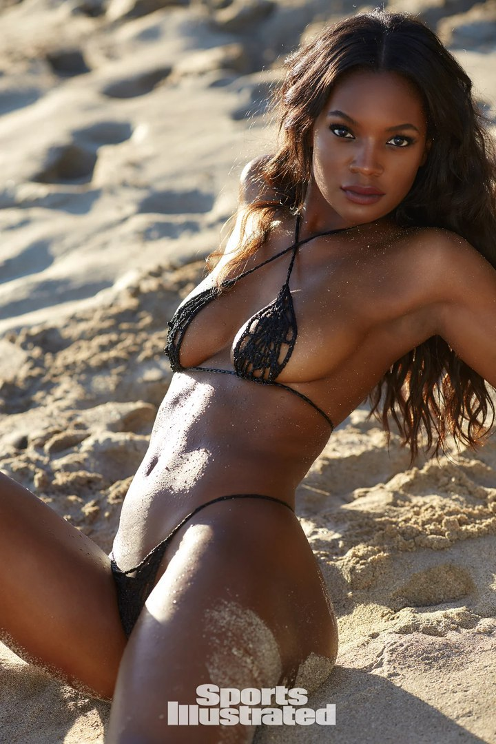 Жасмин Уилкинс (Jasmyn Wilkins) в фотосессии для Sports Illustrated Swimsuit (2018)